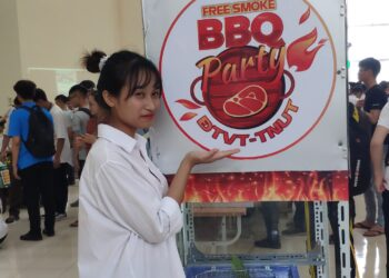 Sản phẩm sáng tạo sinh viên TNUT 2020 – Mã số ST21: Máy lọc khói bếp ăn công nghiệp bằng điện trường cao áp